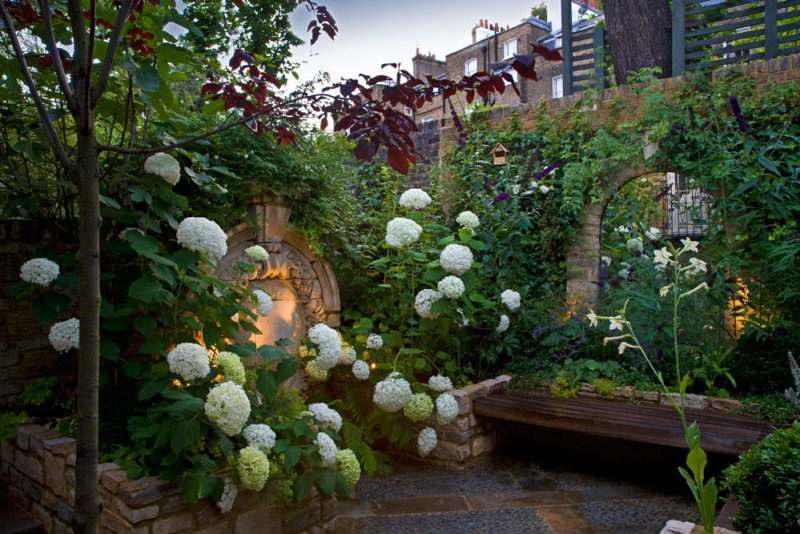 Garden Designers based in Oxford Oxfordshire