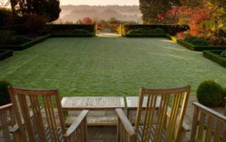 Large-Garden-Designs-Views-From-Patio-Larger-Gardens400x300