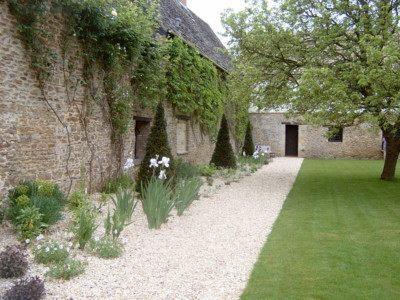 Village Manor House